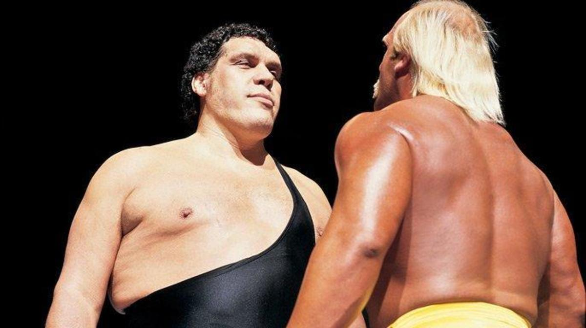 Andre the Giant and Hulk Hogan go toe to toe in the ring at WrestleMania III