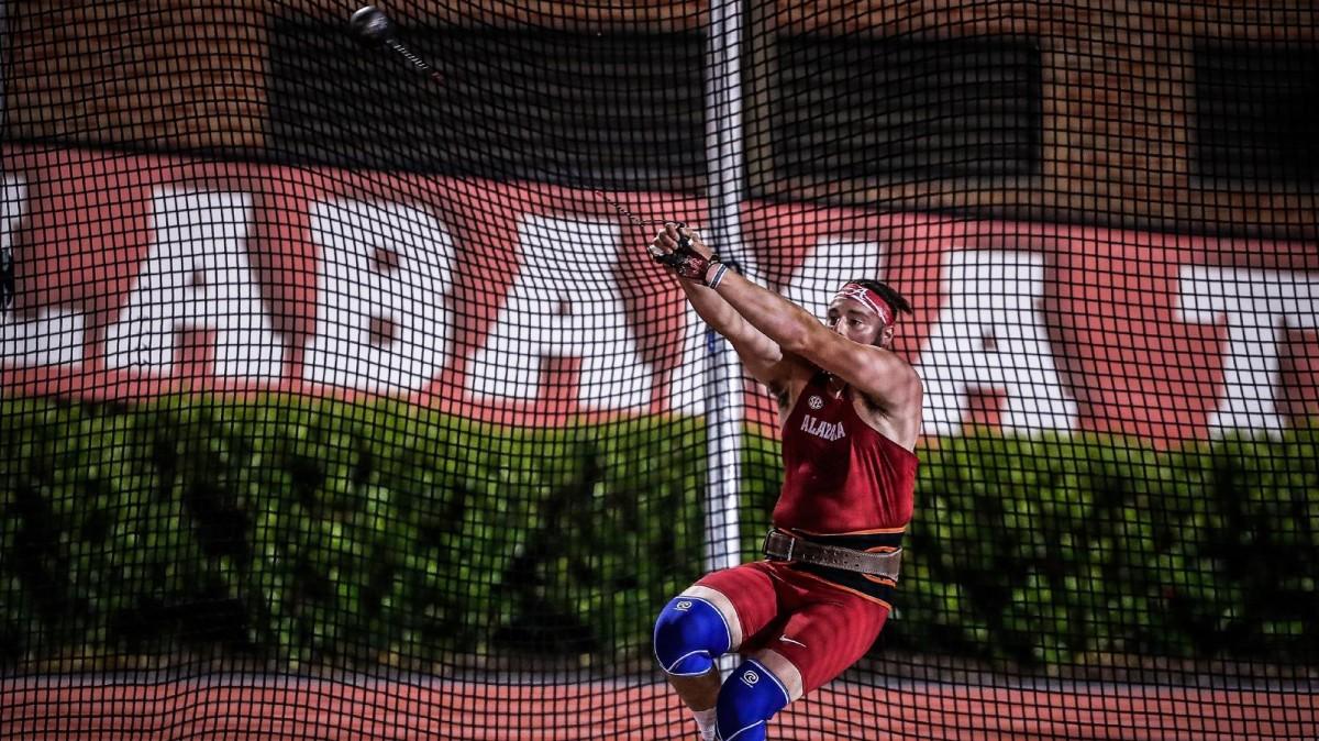 Bobby Colantonio throwing a hammer, Alabama track