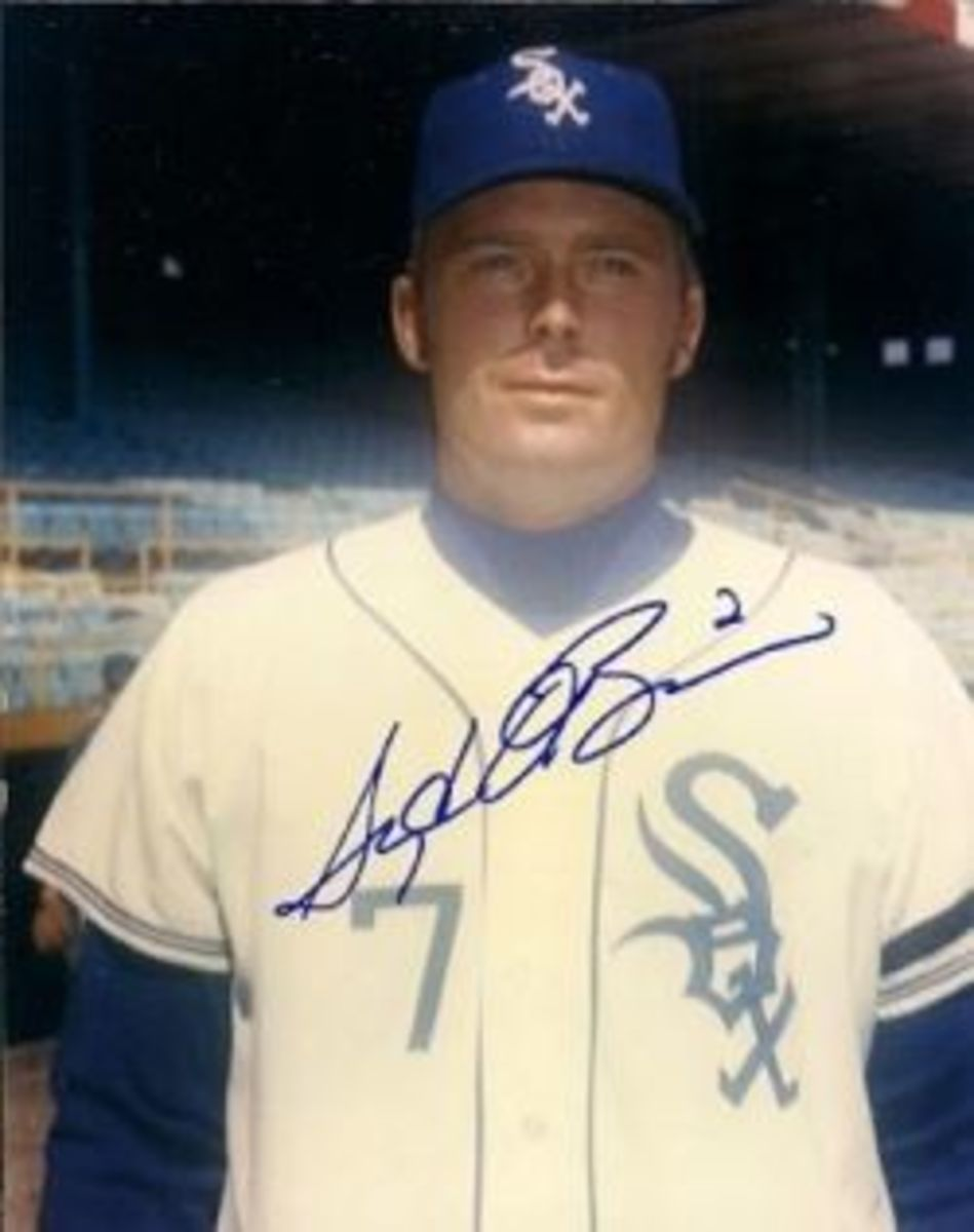 Images of Syd O'Brien with the Sox are hard to come by. There's a reason. (baseballmemorabilia.com)