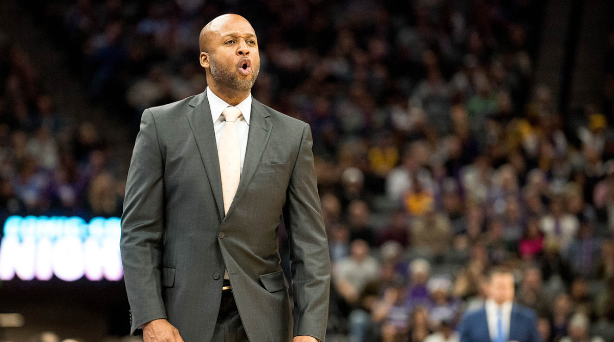 Report: Former Laker Brian Shaw Agrees to Coach G League Elite Pro Team