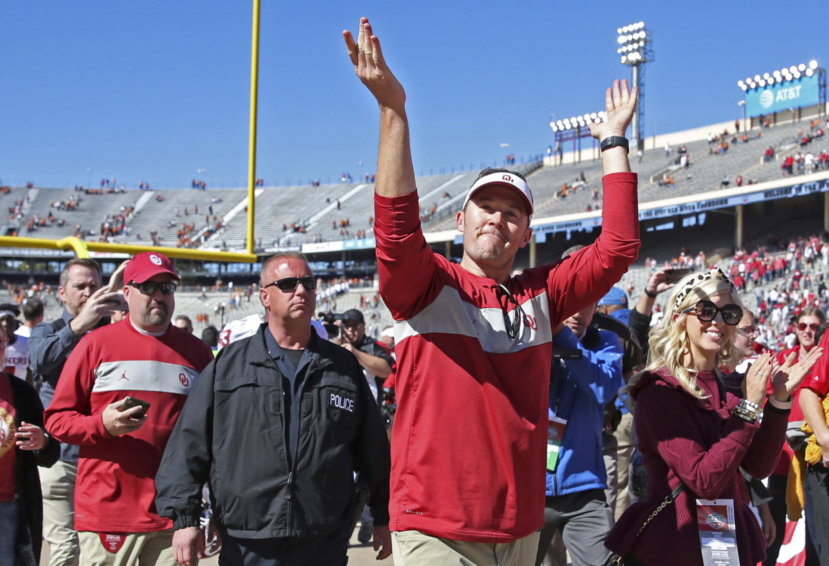 Lincoln Riley shows Sooner Nation his appreciation after another win over Texas.