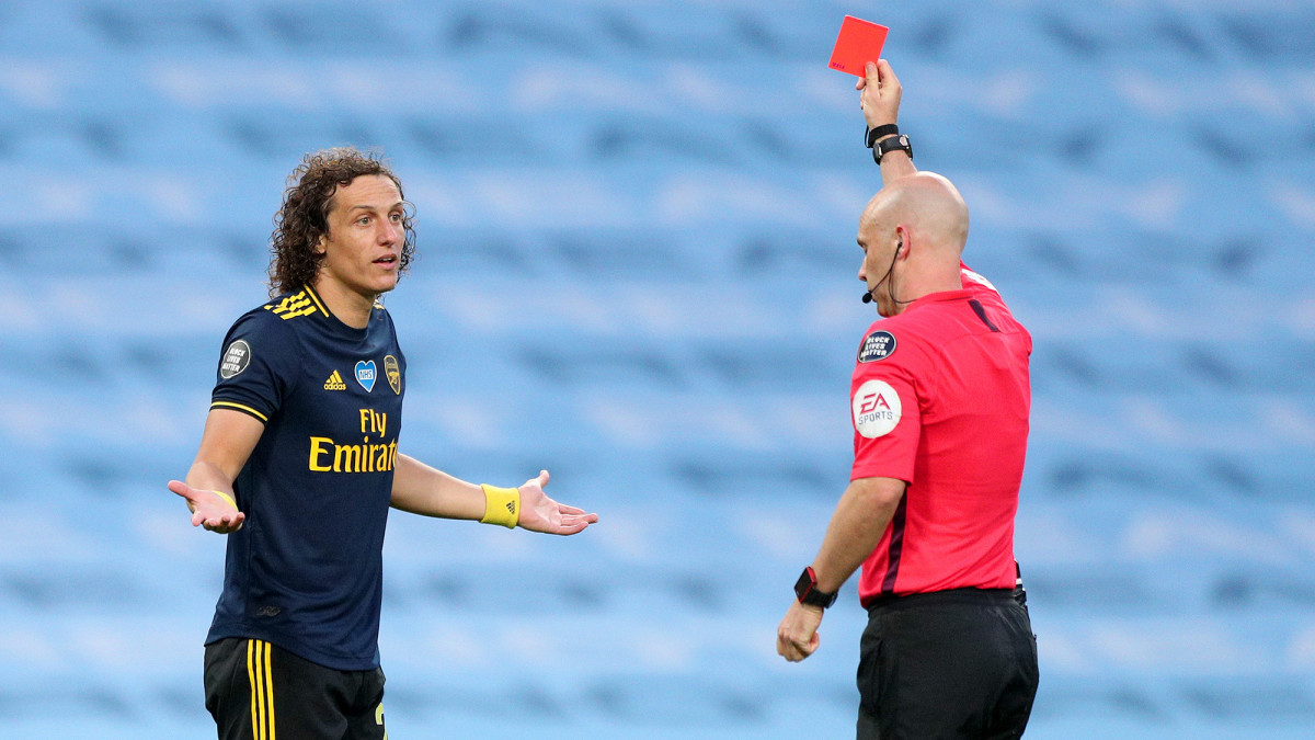 Arsenal's David Luiz Commits Blunder, Penalty Leading to Two Manchester City Goals