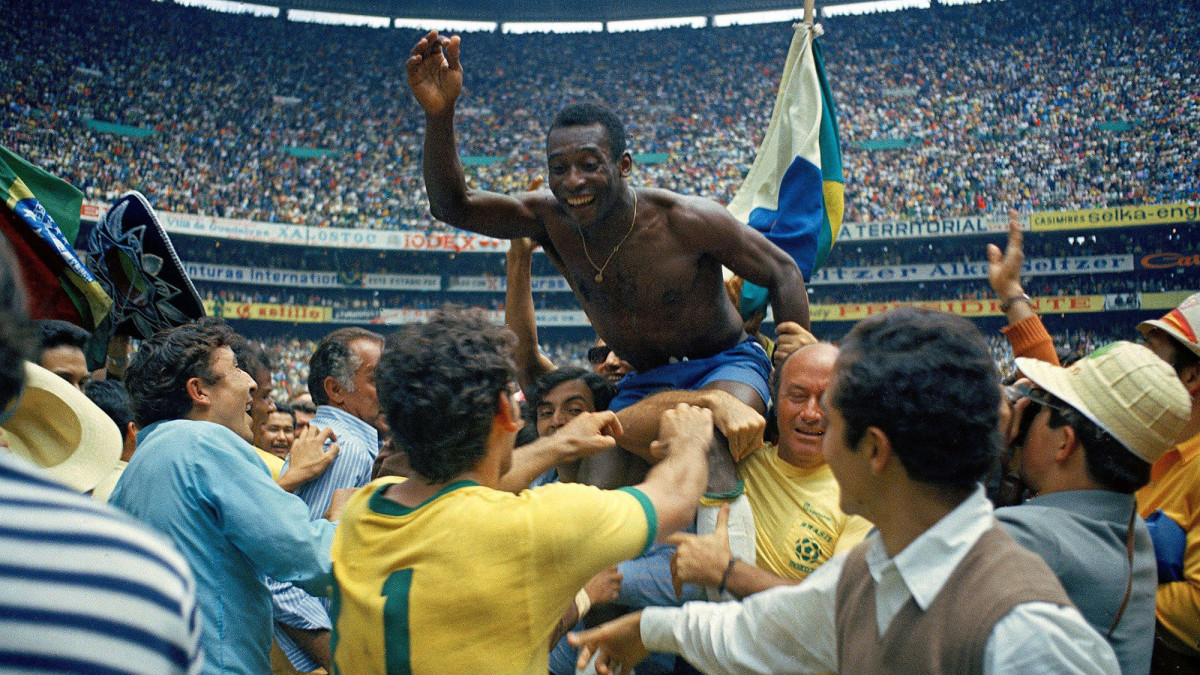 Pele and Brazil win the 1970 World Cup