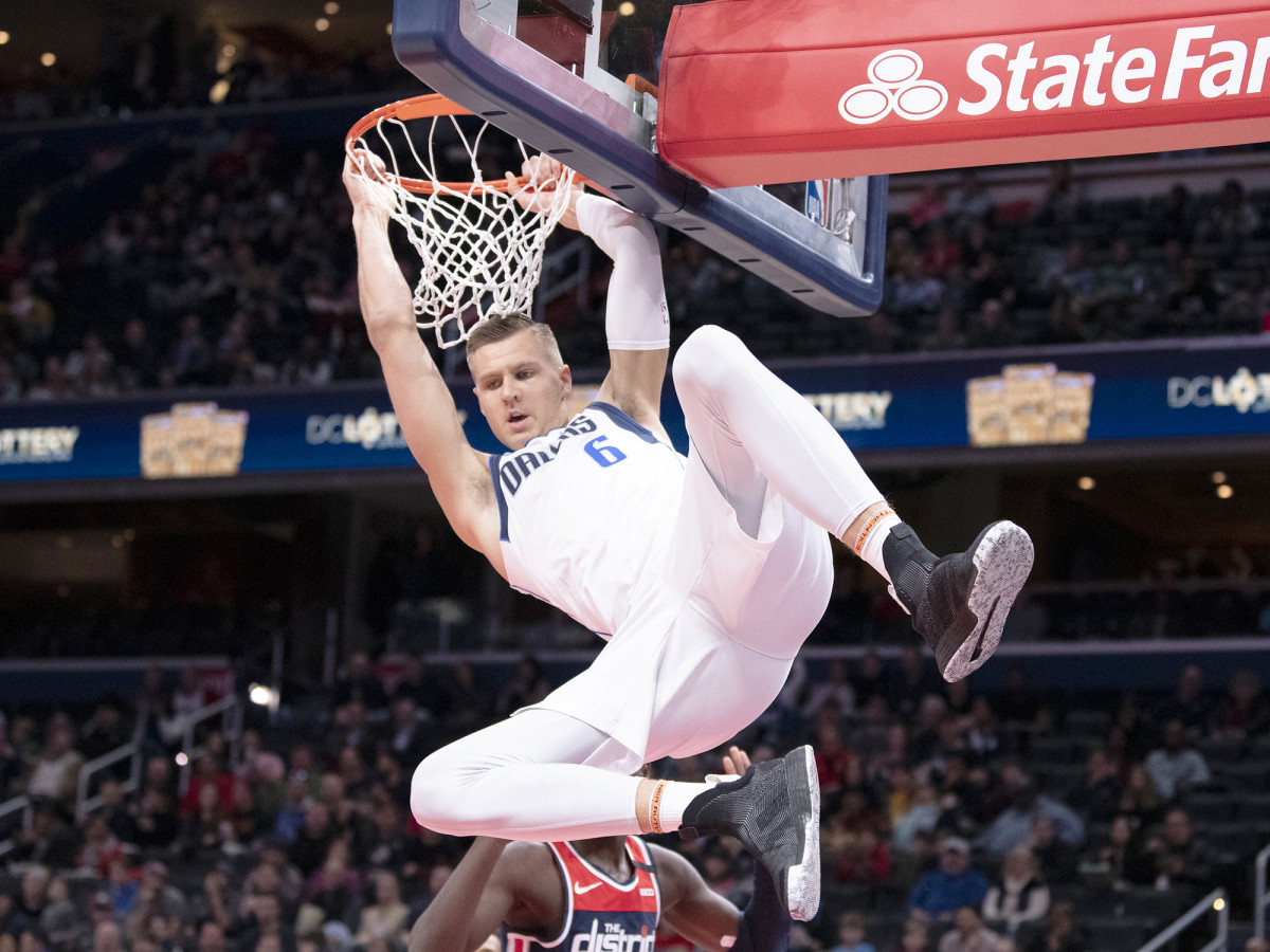 February 7, 2020; Washington, District of Columbia, USA; Dallas Mavericks striker Kristaps Porzingis (6) plays in the first half against the Washington Wizards at Capital One Arena.