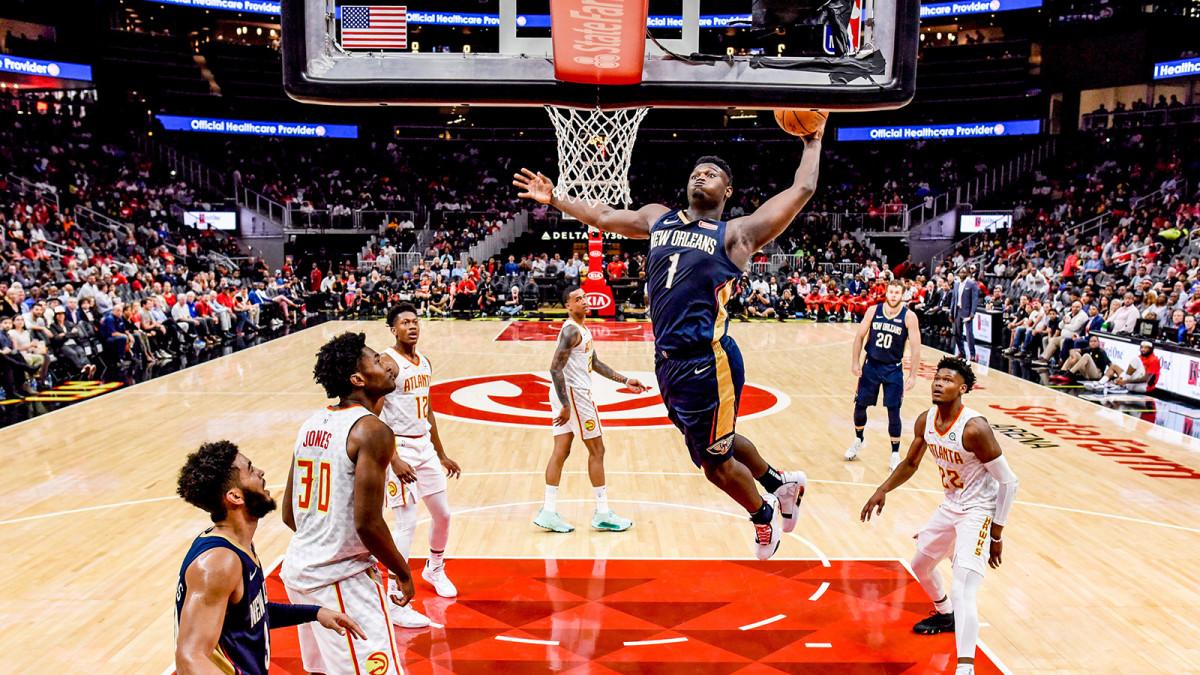 Zion Williamson dunks against the Atlanta Hawks