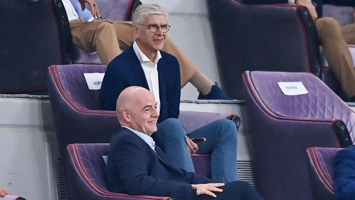 Arsene Wenger and Gianni Infantino