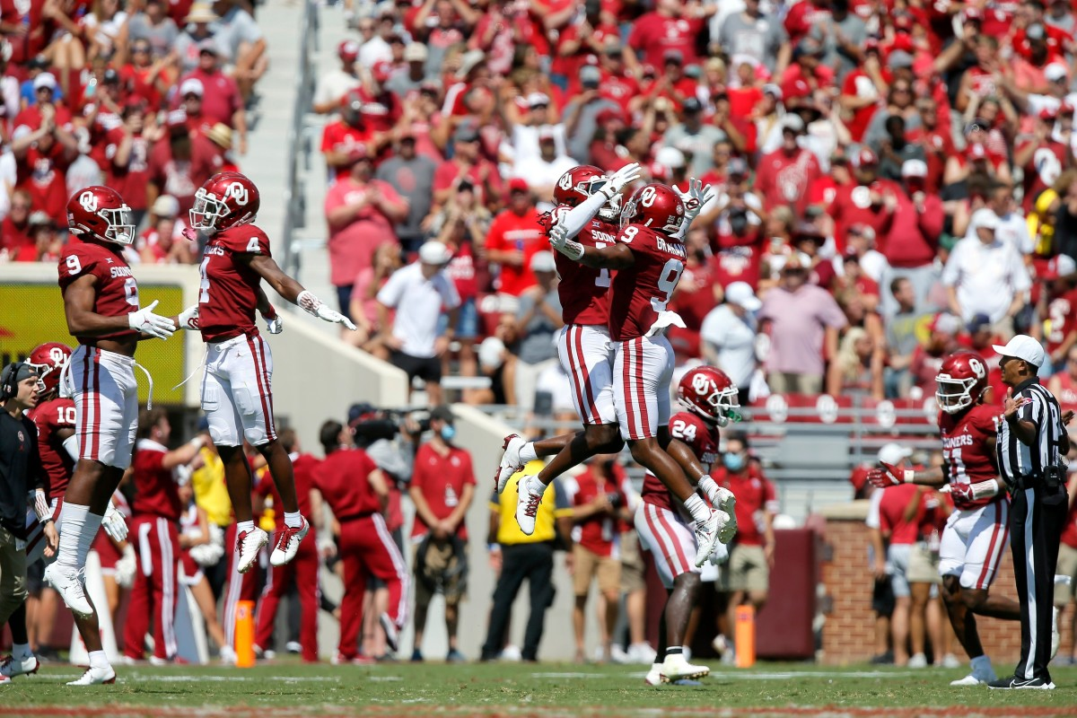 Oklahoma players celebrate after Nebraska missed a field goal attempt during a college football game between the University of Oklahoma Sooners (OU) and the Nebraska Cornhuskers at Gaylord Family-Oklahoma Memorial Stadium in Norman, Okla., Saturday, Sept. 18, 2021. Oklahoma won 23-16.