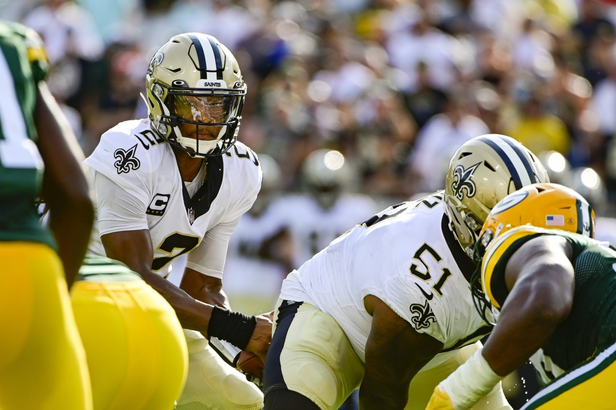 New Orleans Saints quarterback Jameis Winston (2) calls a play at the line against the Green Bay Packers. Mandatory Credit: Tommy Gilligan-USA TODAY Sports
