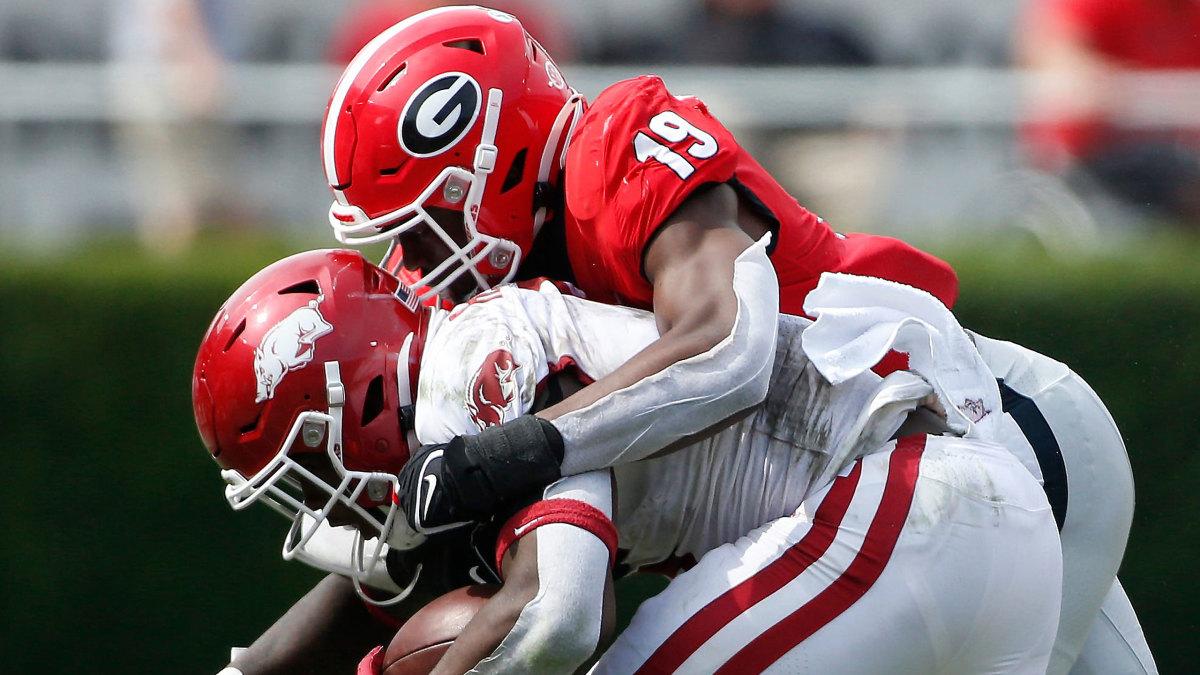 Georgia's Adam Anderson tackles an Arkansas player