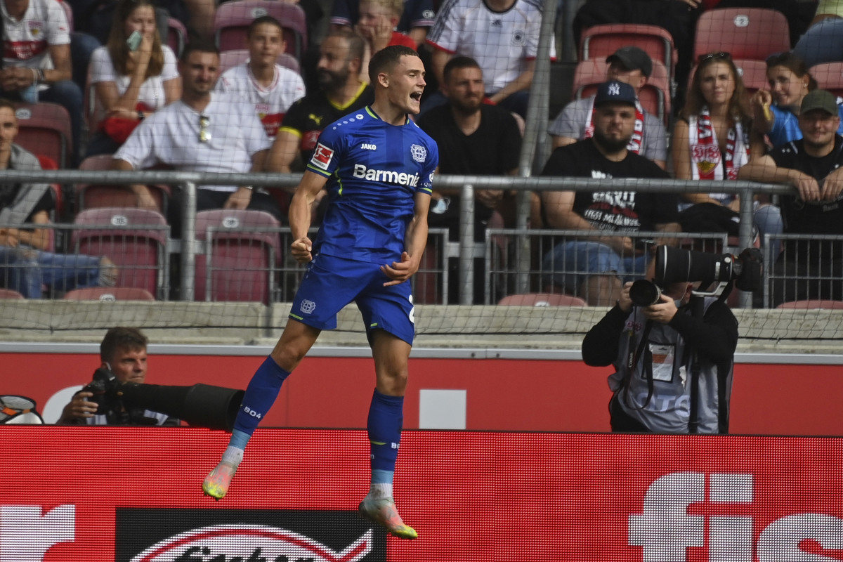 Wirtz celebrates a goal against Stuttgart.