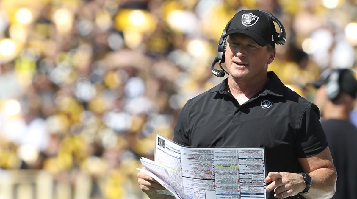 Jon Gruden coaching the Raiders.