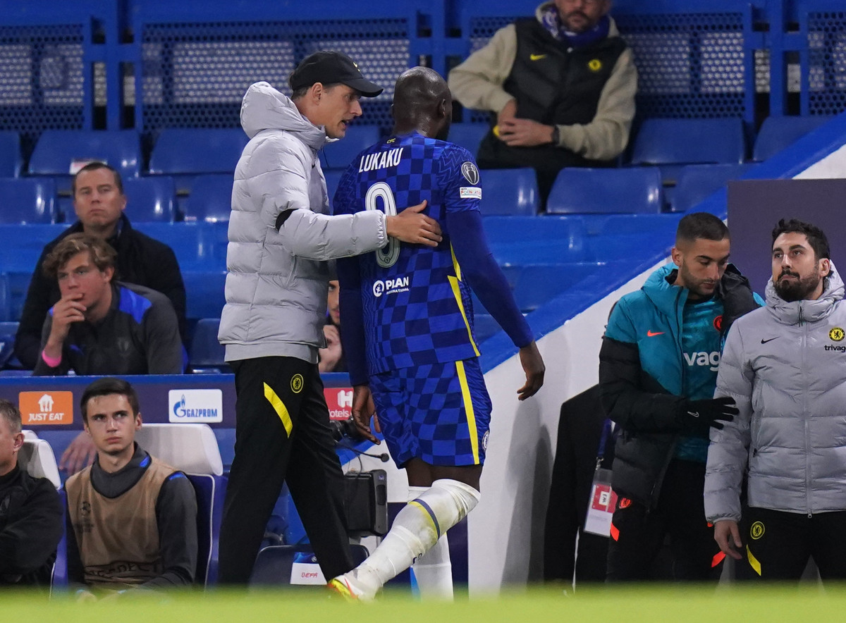 Report: Chelsea Handed Lukaku Boost Despite Missing Up to Four Weeks Out With Ankle Injury - Sports Illustrated