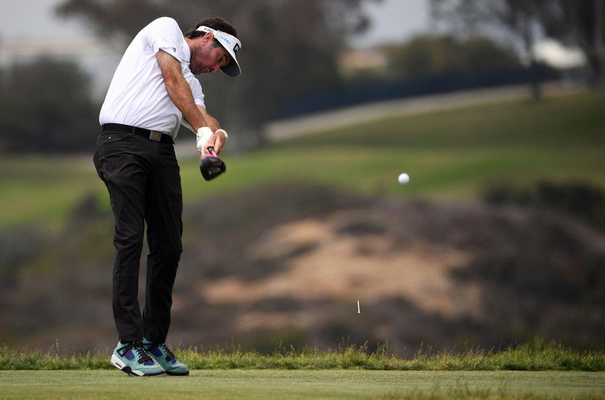 Bubba Watson hits a tee shot at the 2021 U.S. Open.