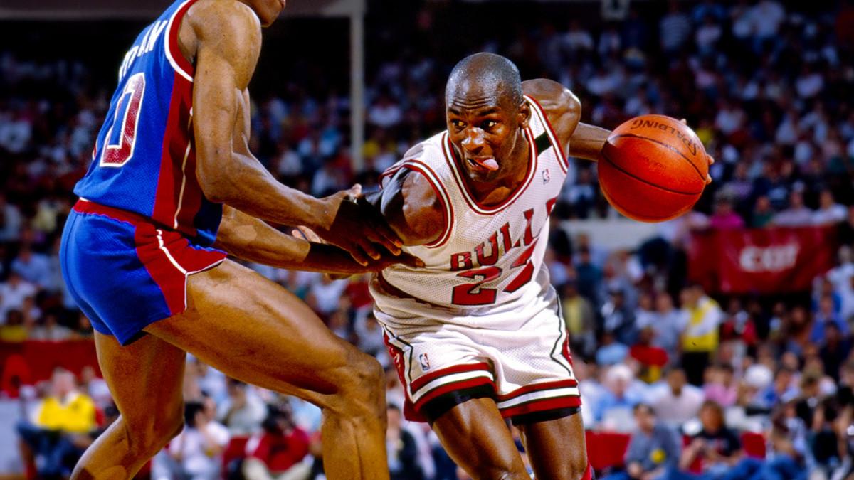 Michael Jordan guarded by Dennis Rodman of the Detroit Pistons