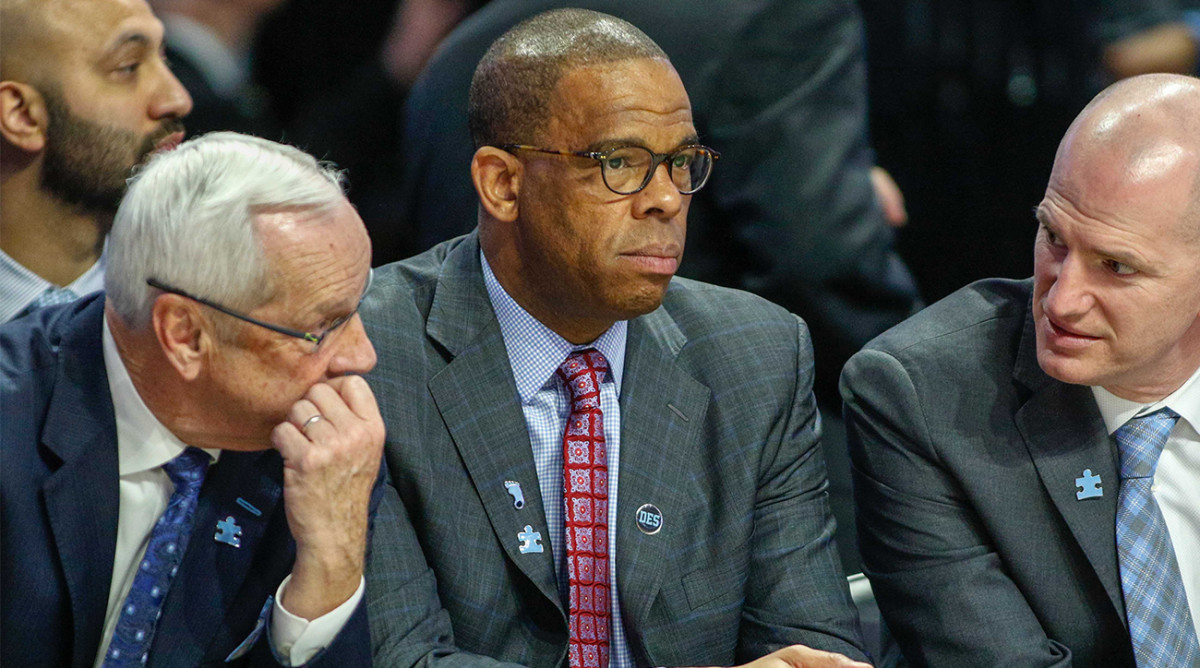 Hubert Davis (center) is expected to be near the top of the list of potential Roy Williams successors at North Carolina.