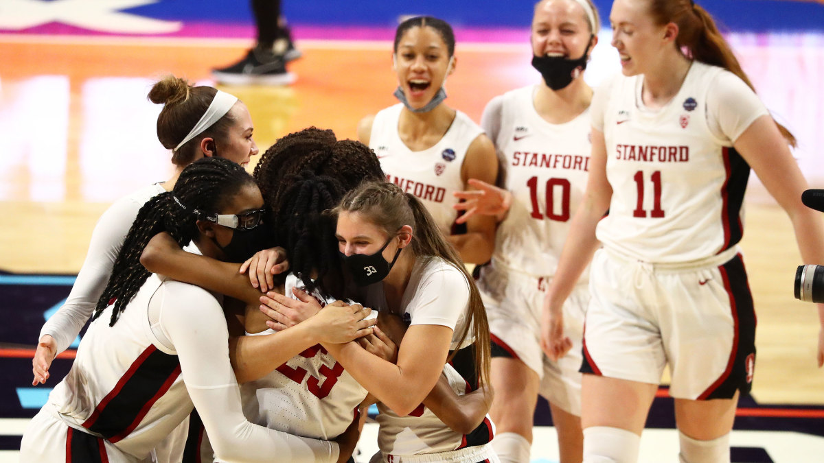 Stanford celebrates its Final Four win over South Carolina