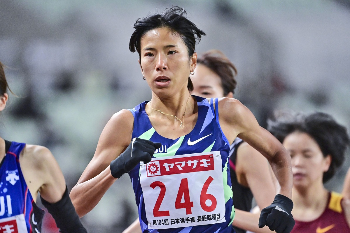 Niiya, who holds the Japanese women's record for 10,000 meters, is one of few athletes who have spoken publicly on the issue.