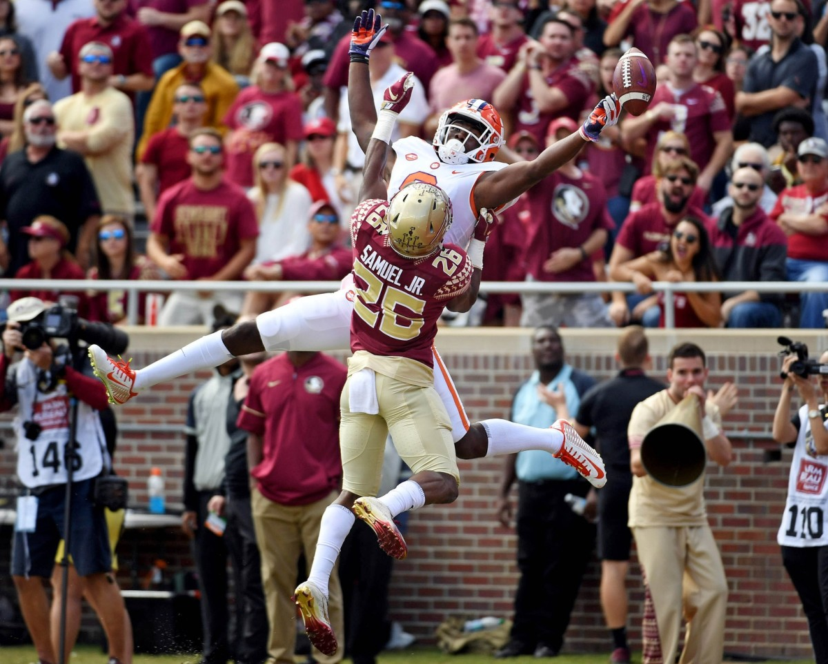 Clemson receiver Justyn Ross (8) misses a pass for a touchdown as Florida State Seminoles defensive back Asante Samuel Jr. (26) defends. Mandatory Credit: Melina Myers-USA TODAY