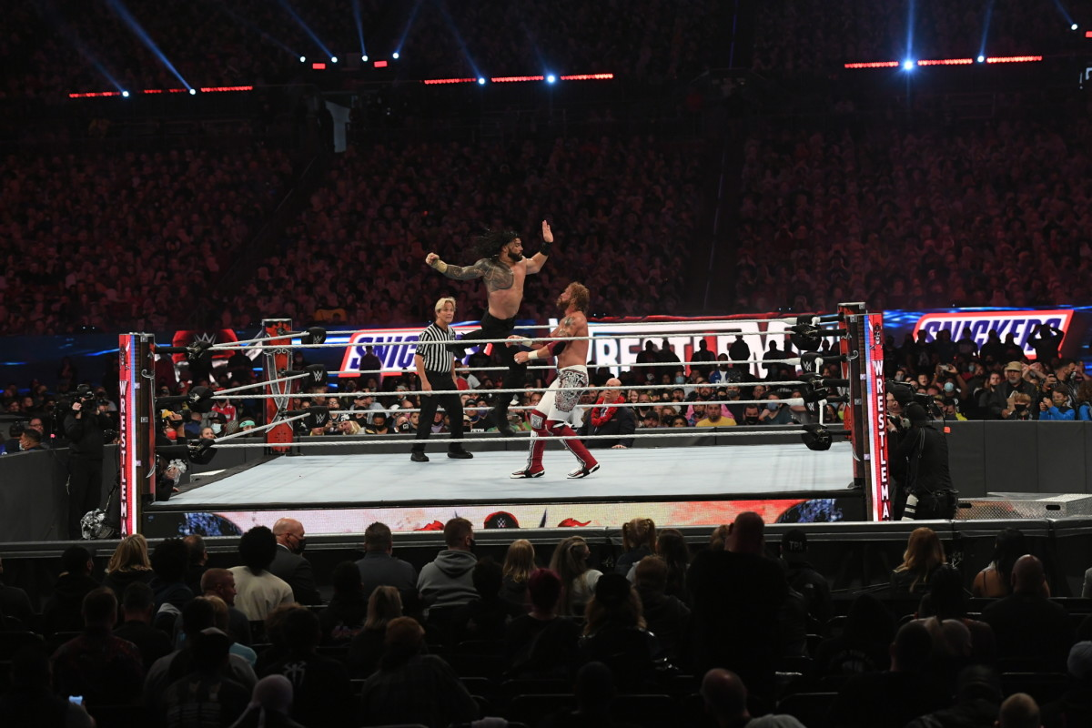 Roman Reigns fights at WrestleMania 37