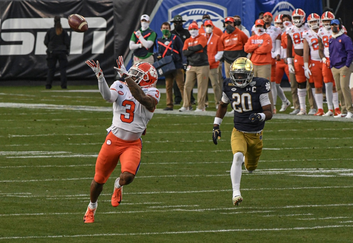 Clemson receiver Amari Rodgers (3) catches a pass for a 67-yard touchdown near Notre Dame safety Shaun Crawford (20) during the ACC Championship. Mandatory Credit: Ken Ruinard-USA TODAY