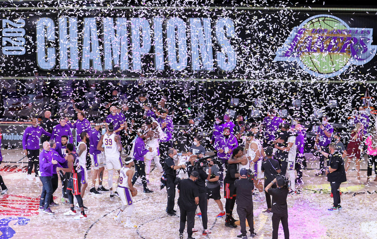 An asterisk would have you look with slightly less reverence upon, say, the Lakers' bubble-wrapped 2020 Finals win.
