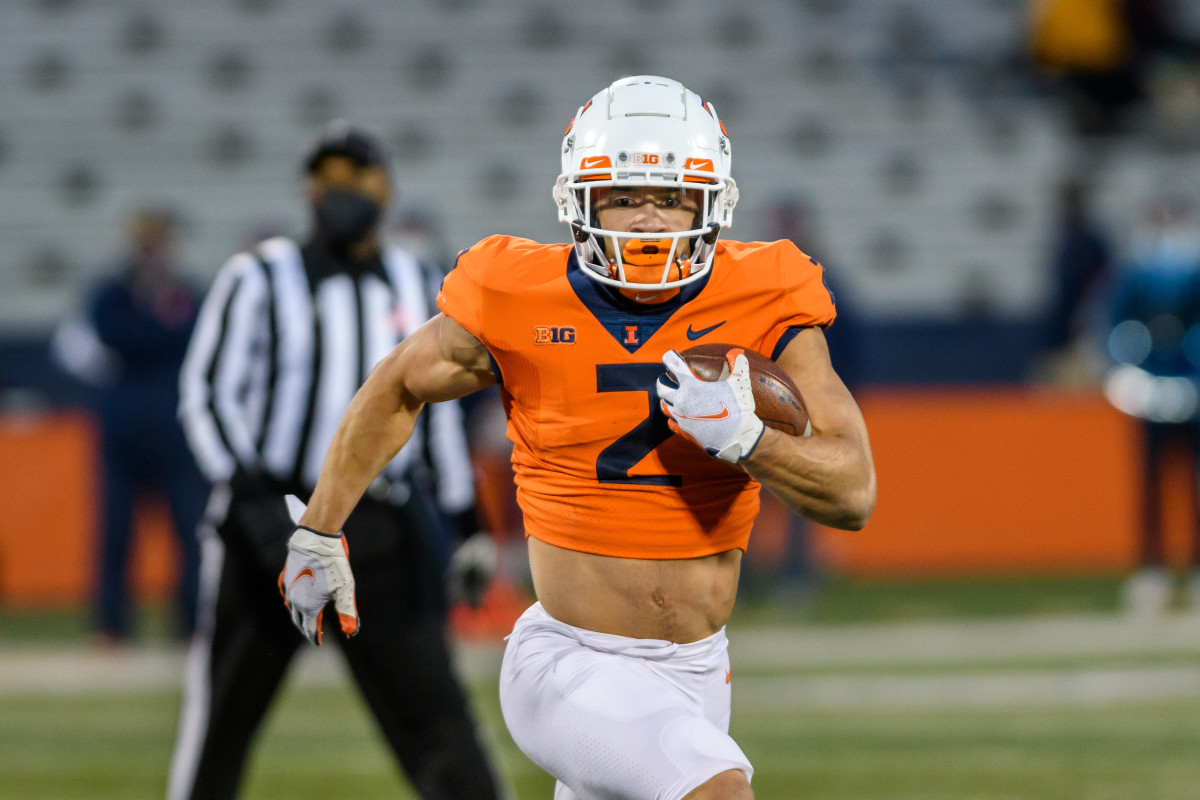 Illinois junior tailback Chase Brown finished the 2021 spring game on April 19 with 80 rushing yards on 10 carries and two touchdowns.