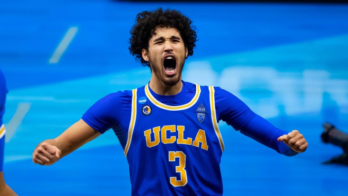 UCLA guard Johnny Juzang