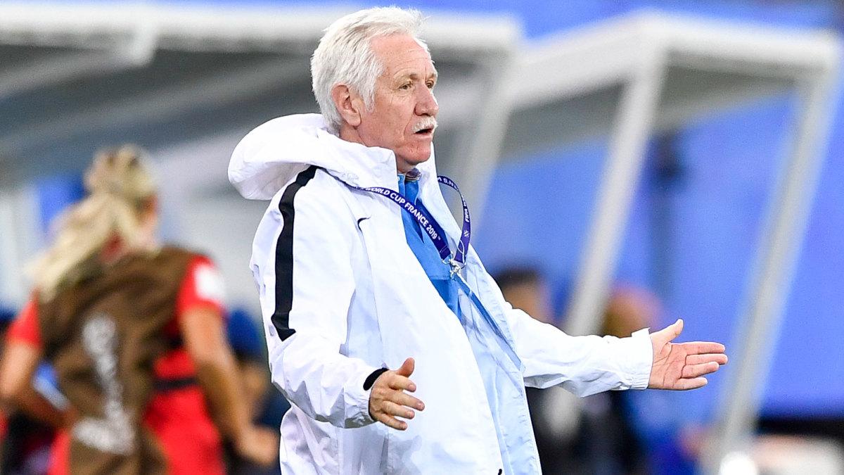 New Zealand coach Tom Sermanni