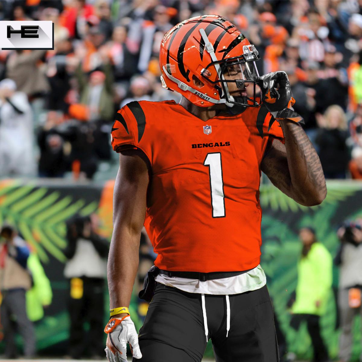Cincinnati Bengals Build Around Joe Burrow in Final 2021 Mock Draft -  Sports Illustrated Cincinnati Bengals News, Analysis and More