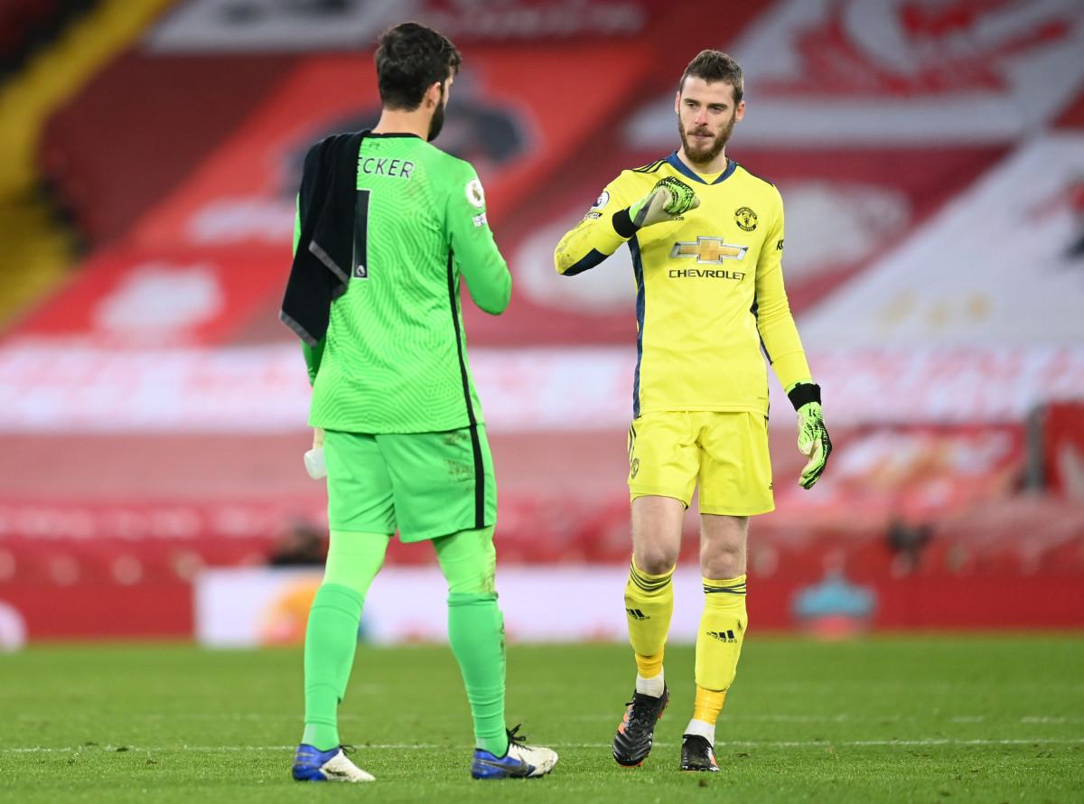 Alisson Becker and David de Gea meet post match