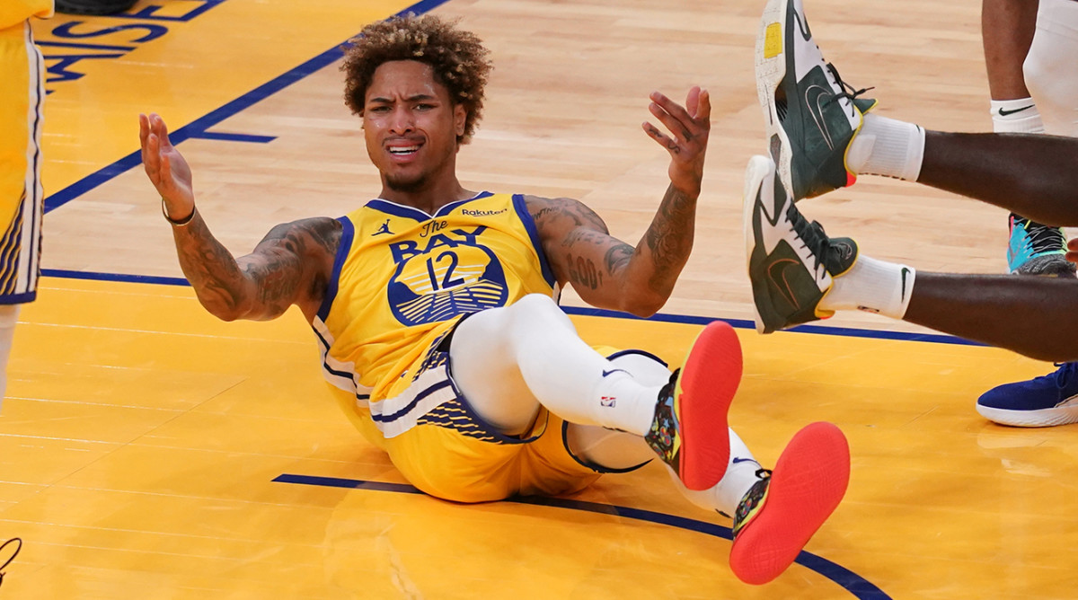 Kelly Oubre Jr injury: Warriors forward tears ligament in wrist thumbnail