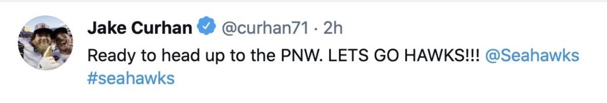 Curhan tweet