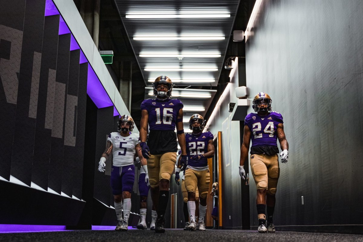 A Way Too Early UW Football Starting Lineup