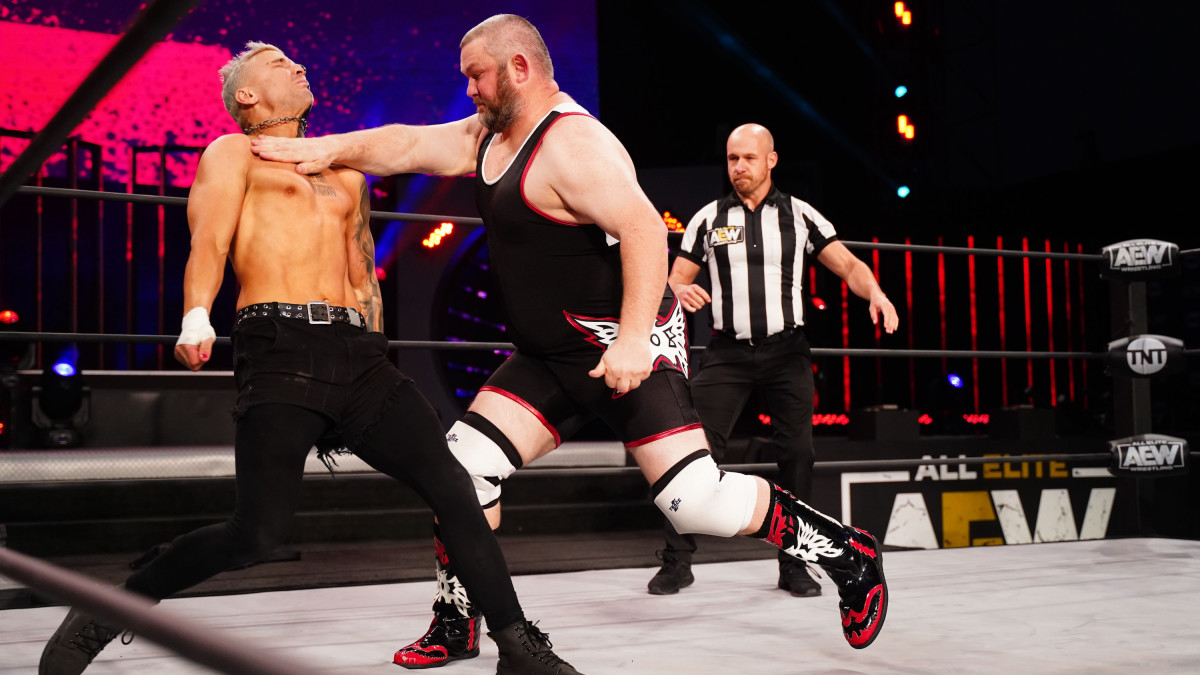 JD Drake during a match against Darby Allin