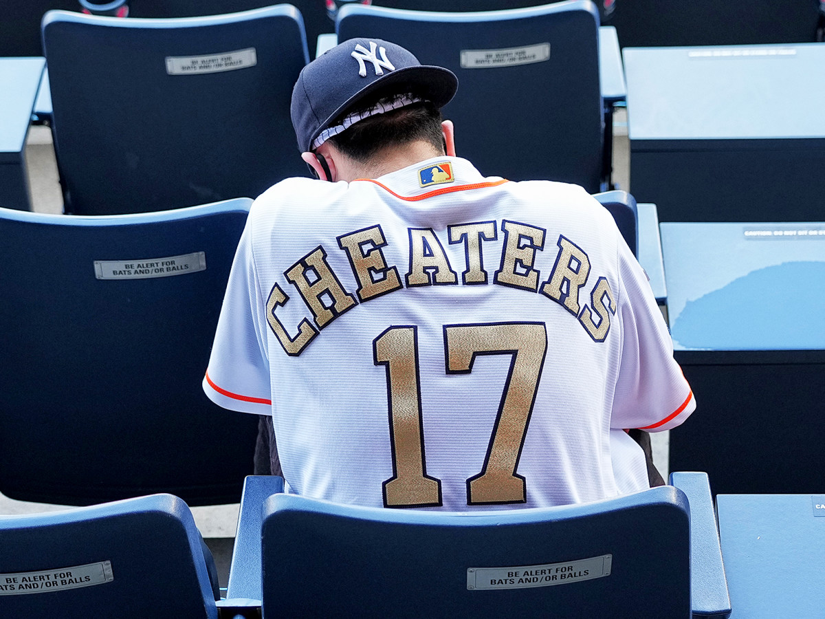 Cheaters-17-Astros-Yankees-inline