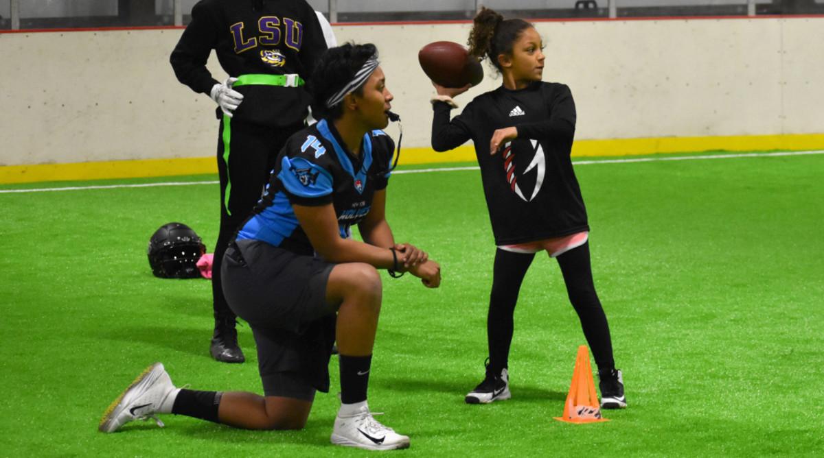 Women's Gridiron Foundation helping girls learn, play football thumbnail