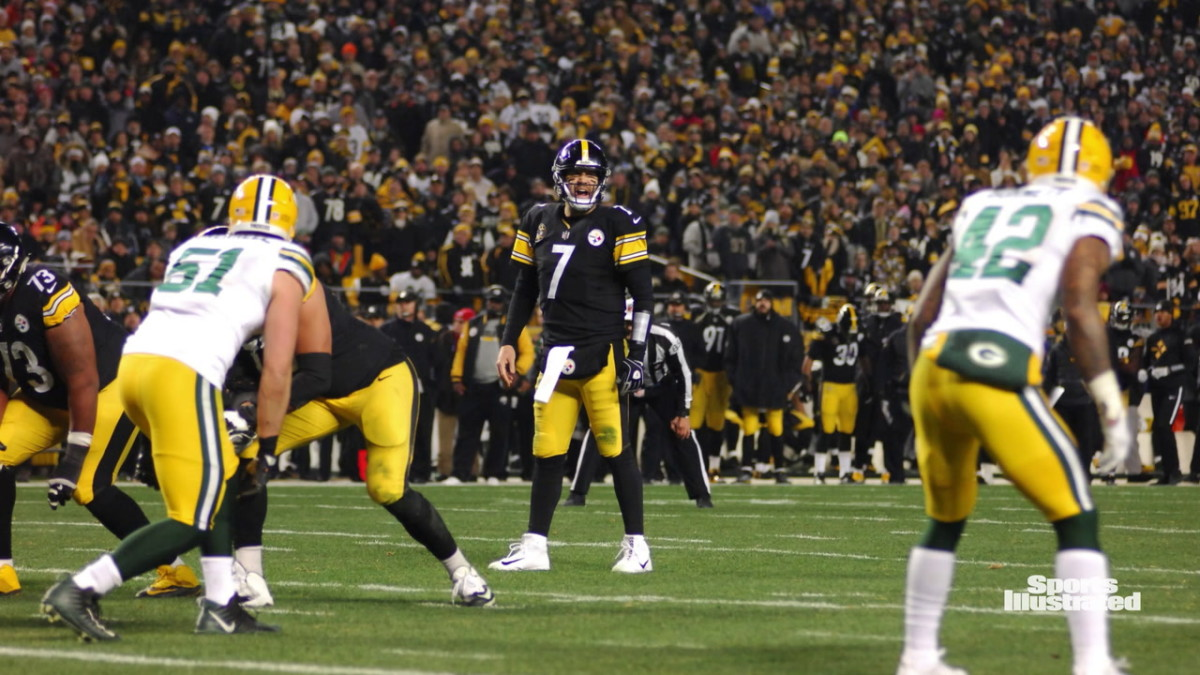 Ben Roethlisberger is 3-0 in the regular season against the Packers but lost the big one - Super Bowl XLV. (USA Today Sports Images)