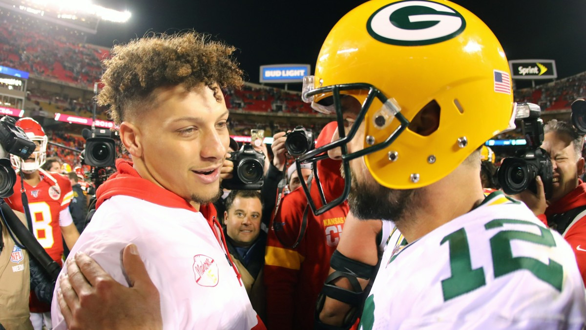 Patrick Mahomes missed the 2019 matchup; will Aaron Rodgers be with the Packers for their 2021 game? (USA Today Sports Images)