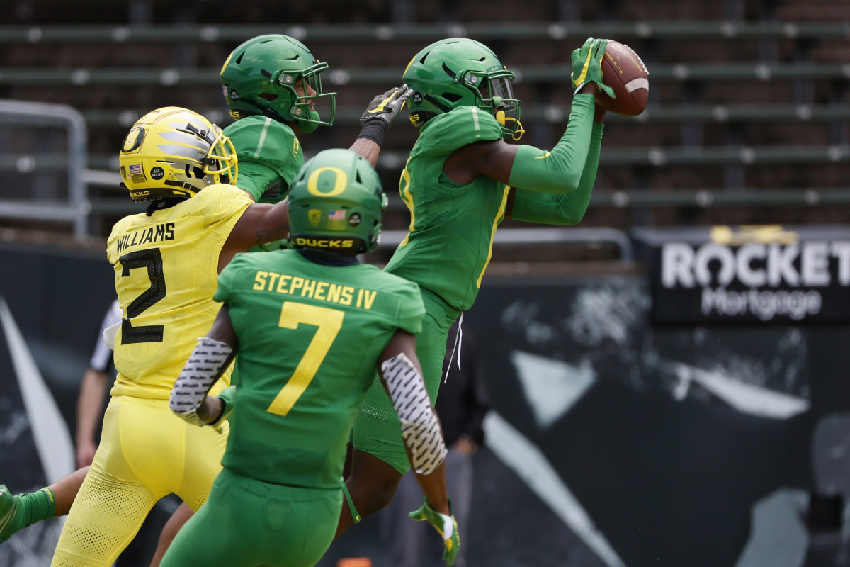These Players are Poised for a Breakout Year in Oregon's Defense