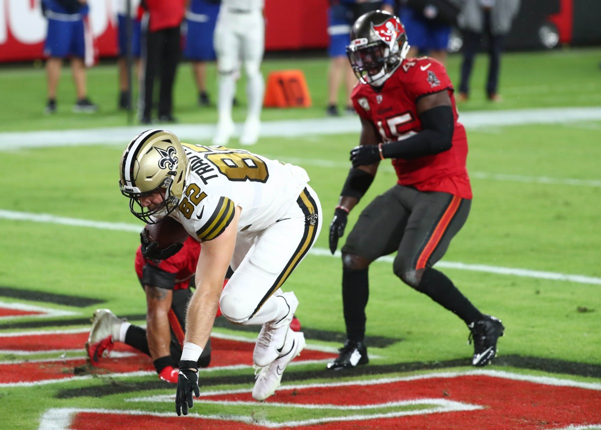 New Orleans Saints tight end Adam Trautman (82) catches a touchdown pass against the Buccaneers. Mandatory Credit: Kim Klement-USA TODAY Sports