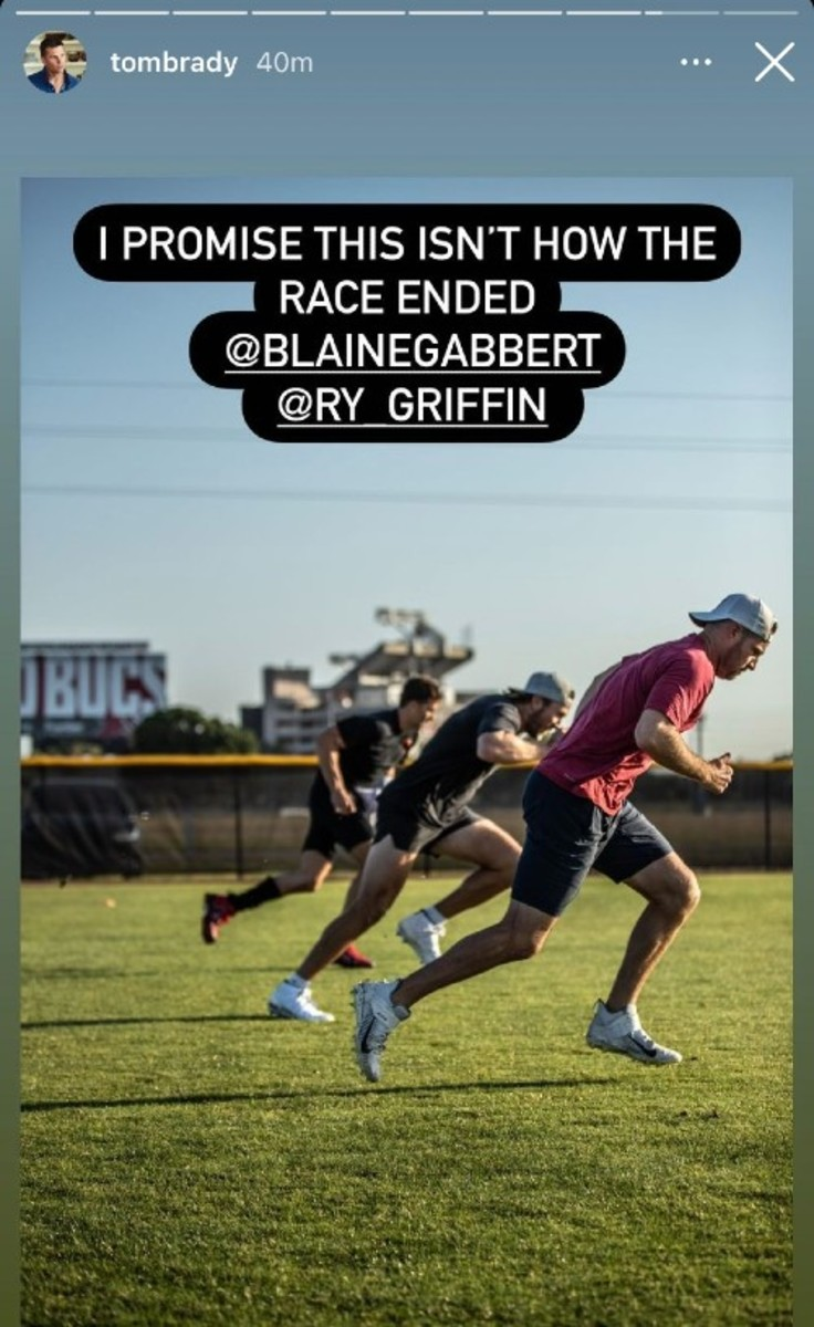 Buccaneers QBs Tom Brady, Blaine Gabbert and Ryan Griffin competing in a race.