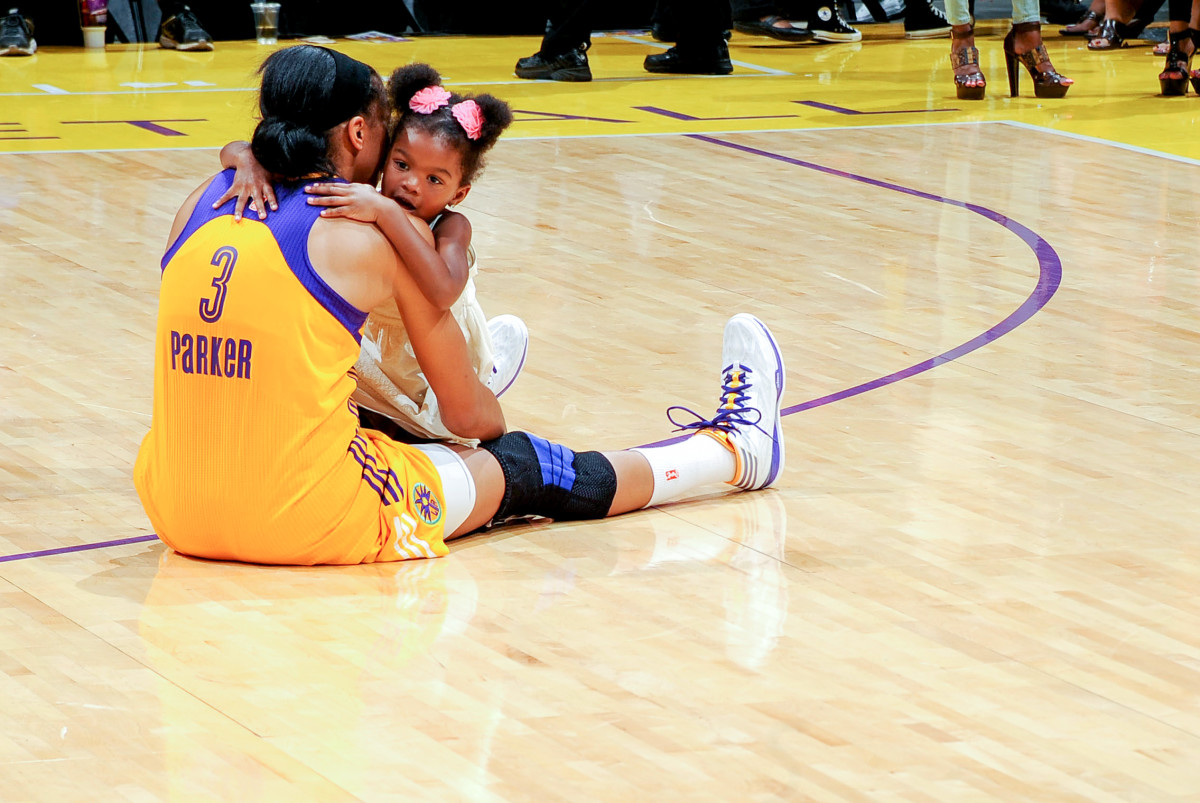 Candace Parker with daughter Lailla.