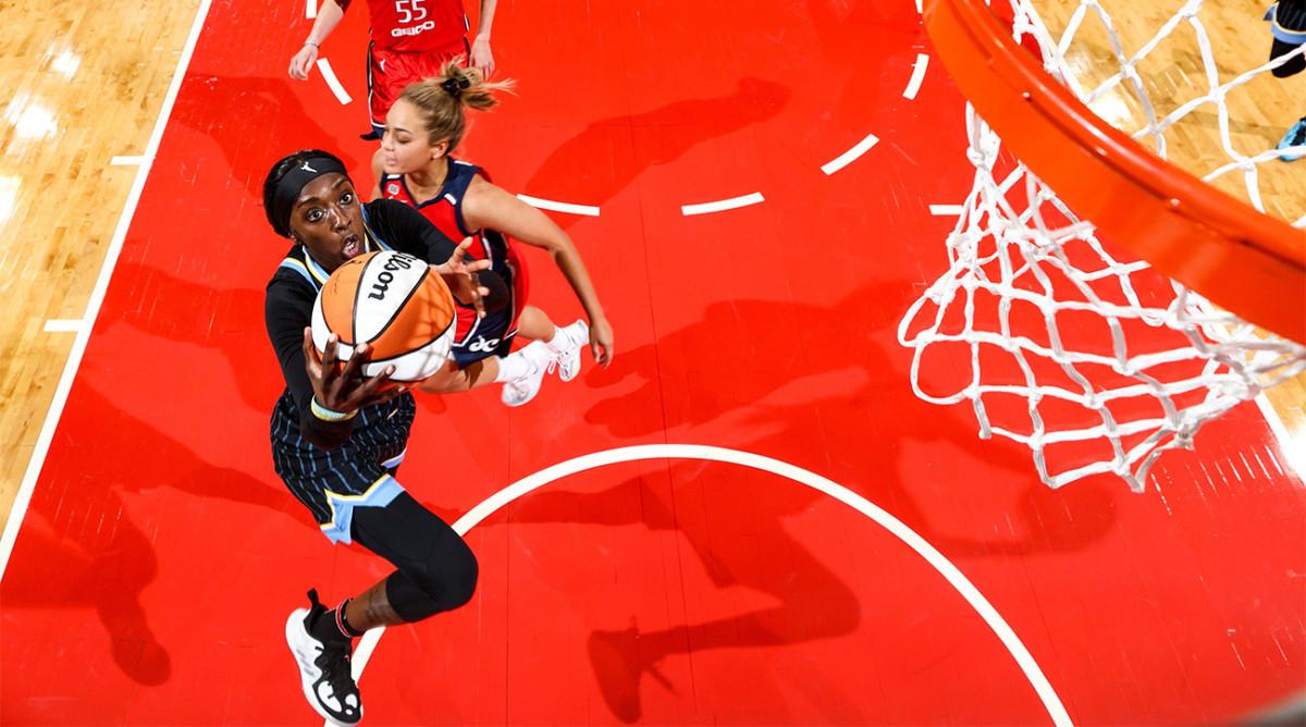 Kahleah Copper jumps toward the hoop
