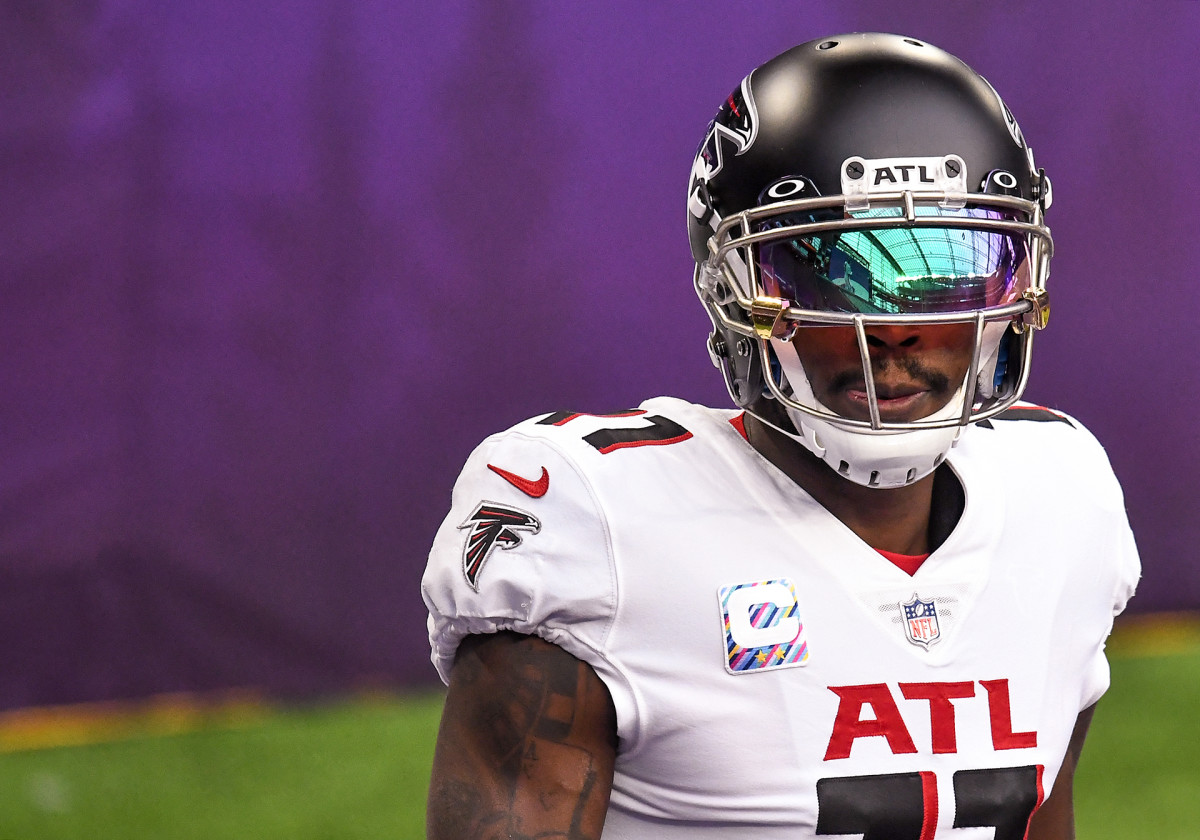 Julio Jones on the field before a game against the Vikings