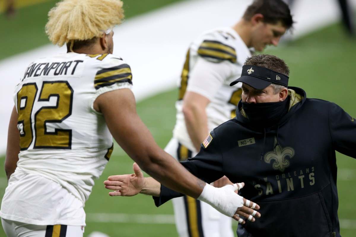 New Orleans Saints coach Sean Payton greets defensive end Marcus Davenport (92) before their game against the Minnesota Vikings. Mandatory Credit: Chuck Cook-USA TODAY Sports