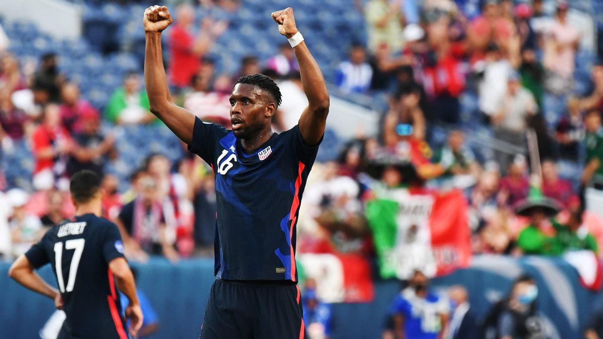 Jordan Siebatcheu scores the USA's winner vs. Honduras
