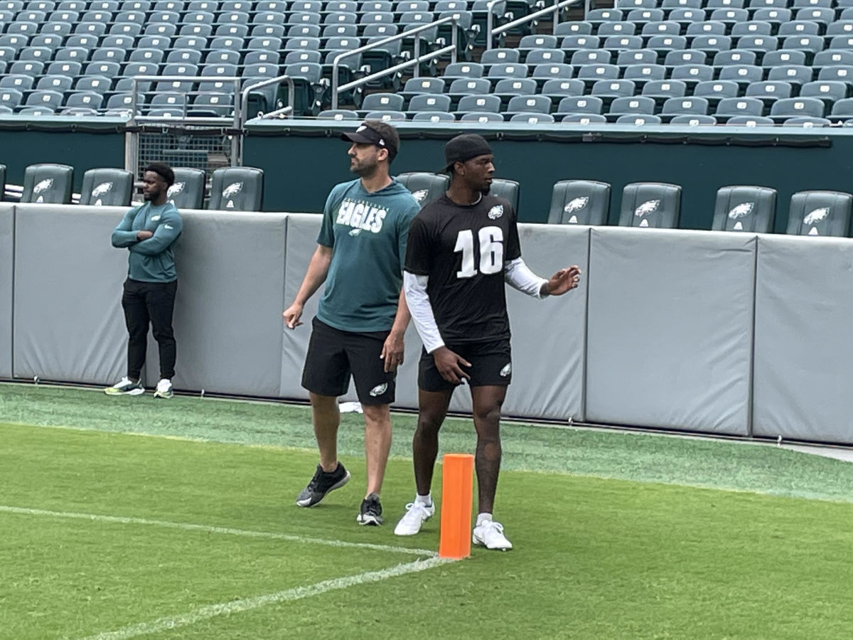 Nick Sirianni gets hands on with WR Quez Watkins