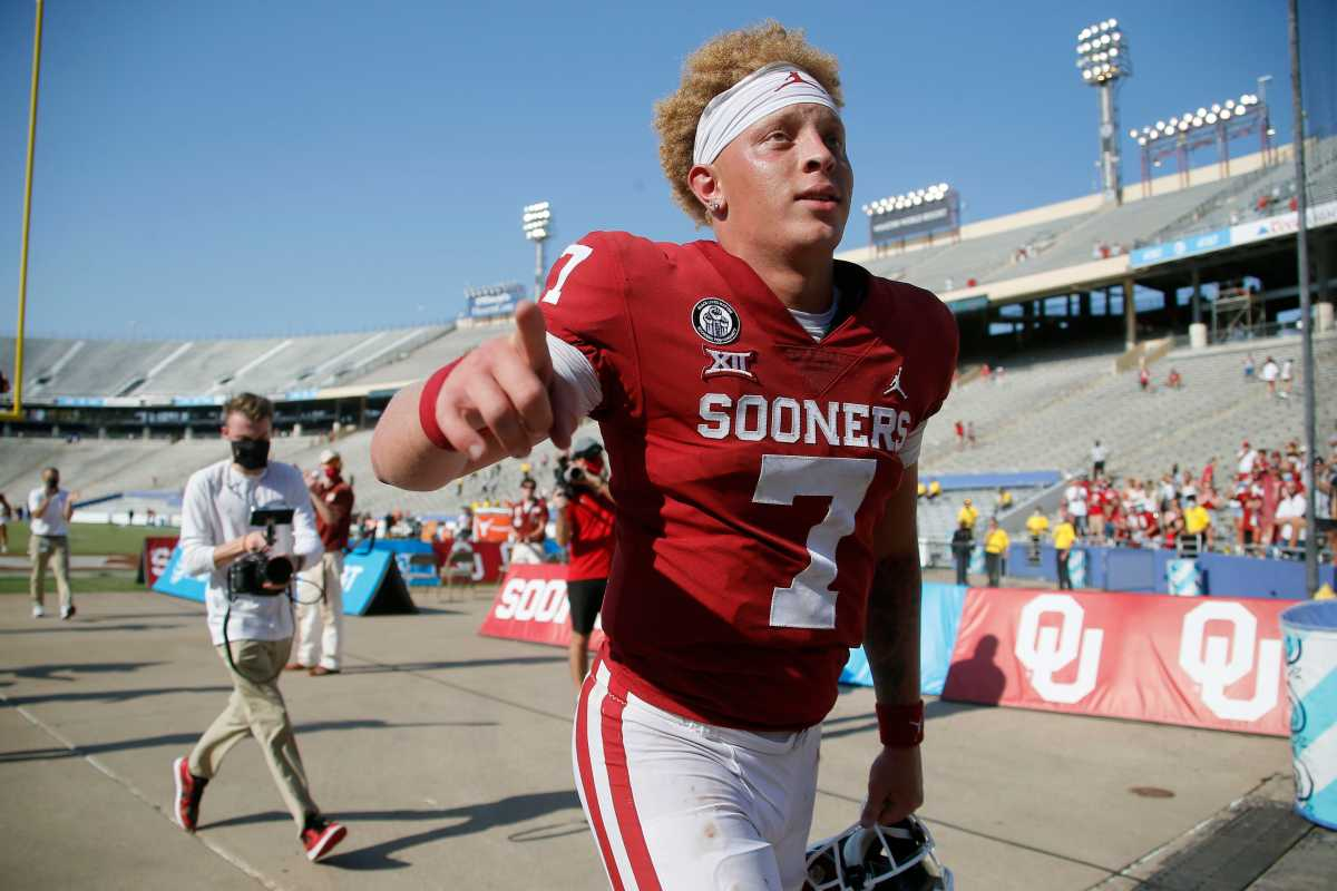 With the QB1 up for grabs, Spencer Rattler looks to take a firm grasp on that this year.