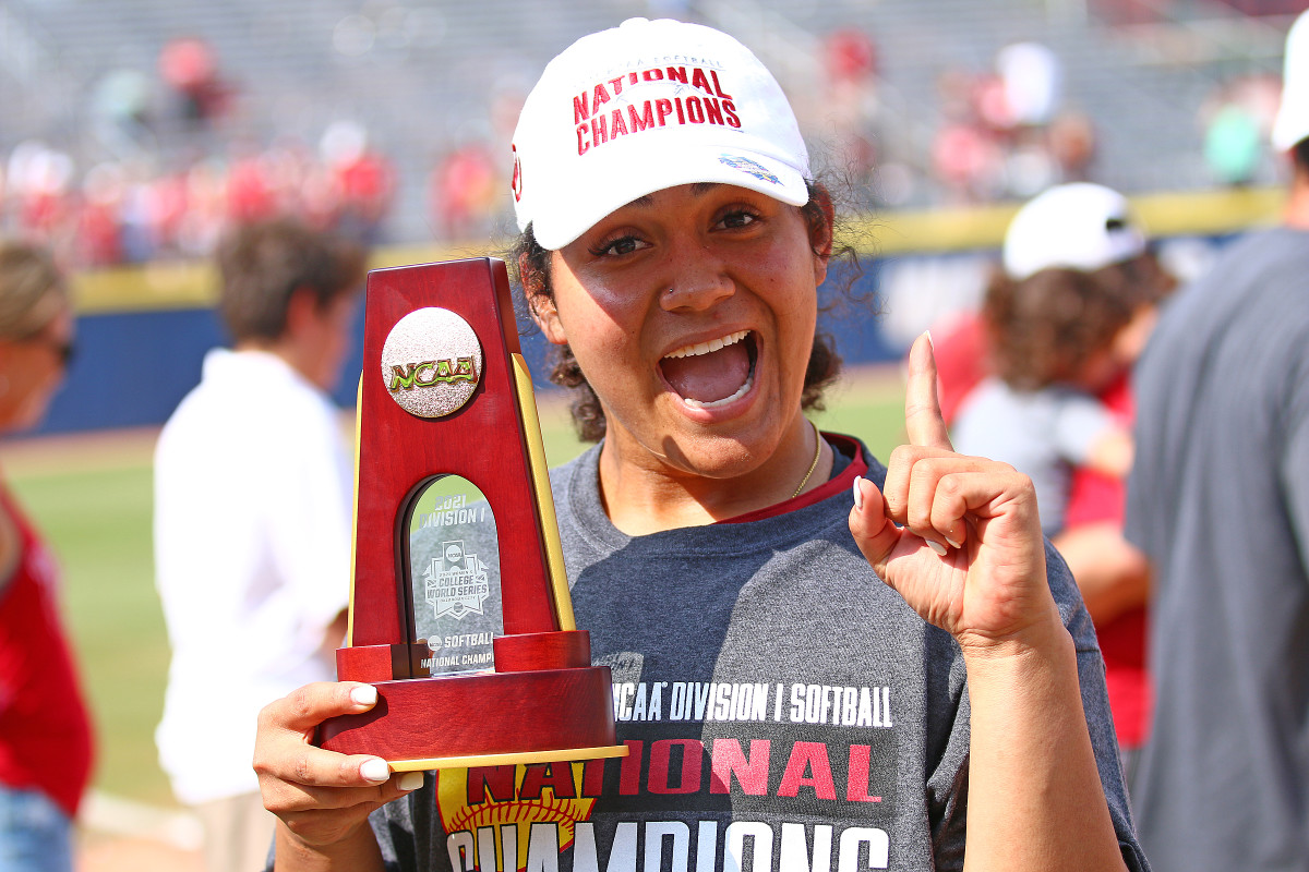 Jocelyn Alo, national player of the year ... and national champion