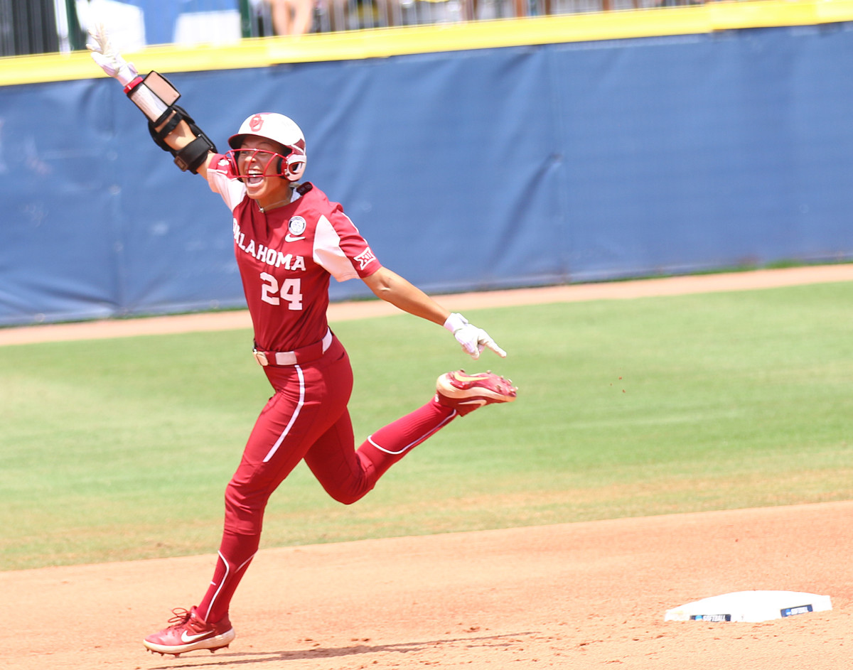Jayda Coleman went 2-for-3 with three RBIs on Thursday against Florida State